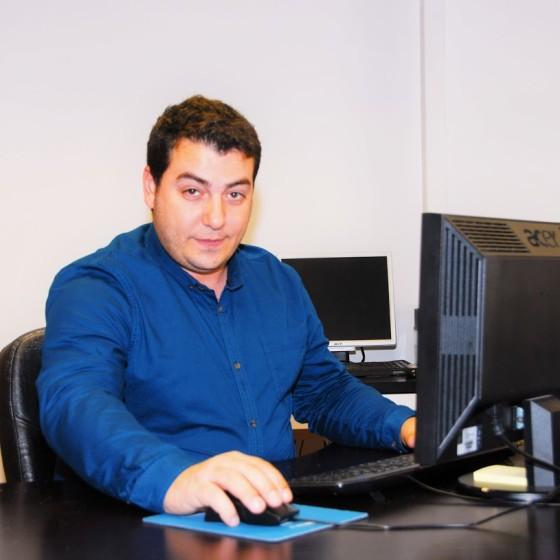 Nestor Alvarez